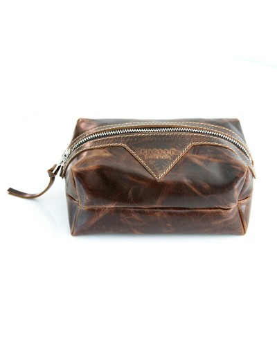 Small Swiss Dopp Kitt in Brown Leather